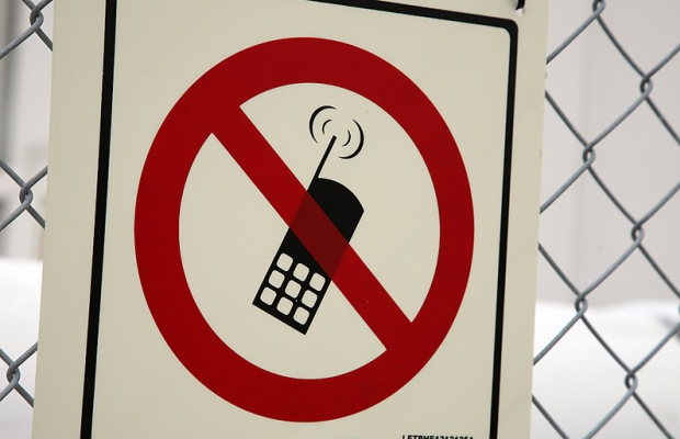 Eva's missing cell phone – Part 2!